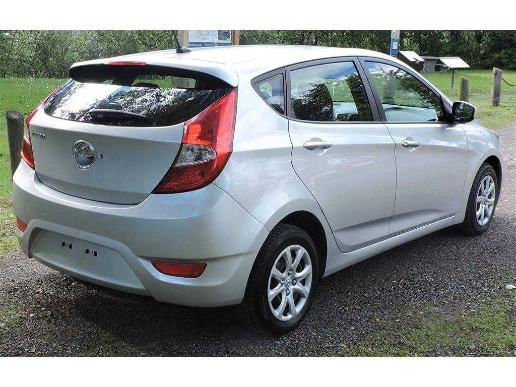 Hyundai KMHCT5AE0EU155218