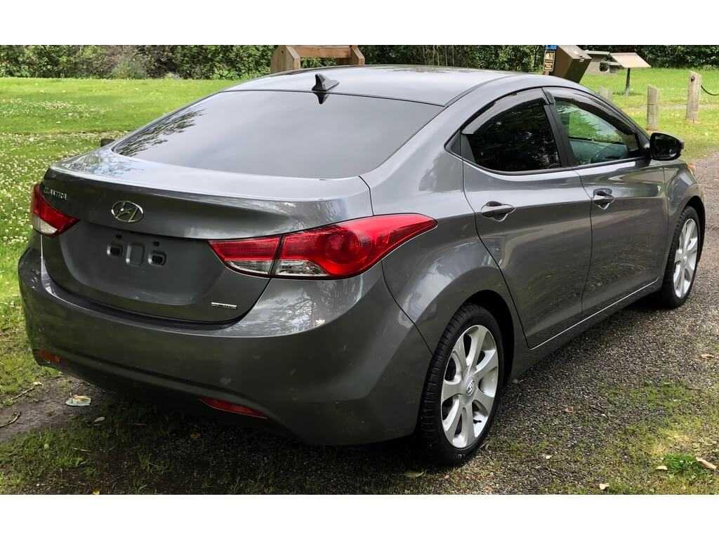 Hyundai 5NPDH4AE7BH026595
