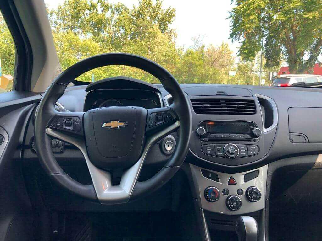 Chevrolet 3GNCJRSB4FL155084