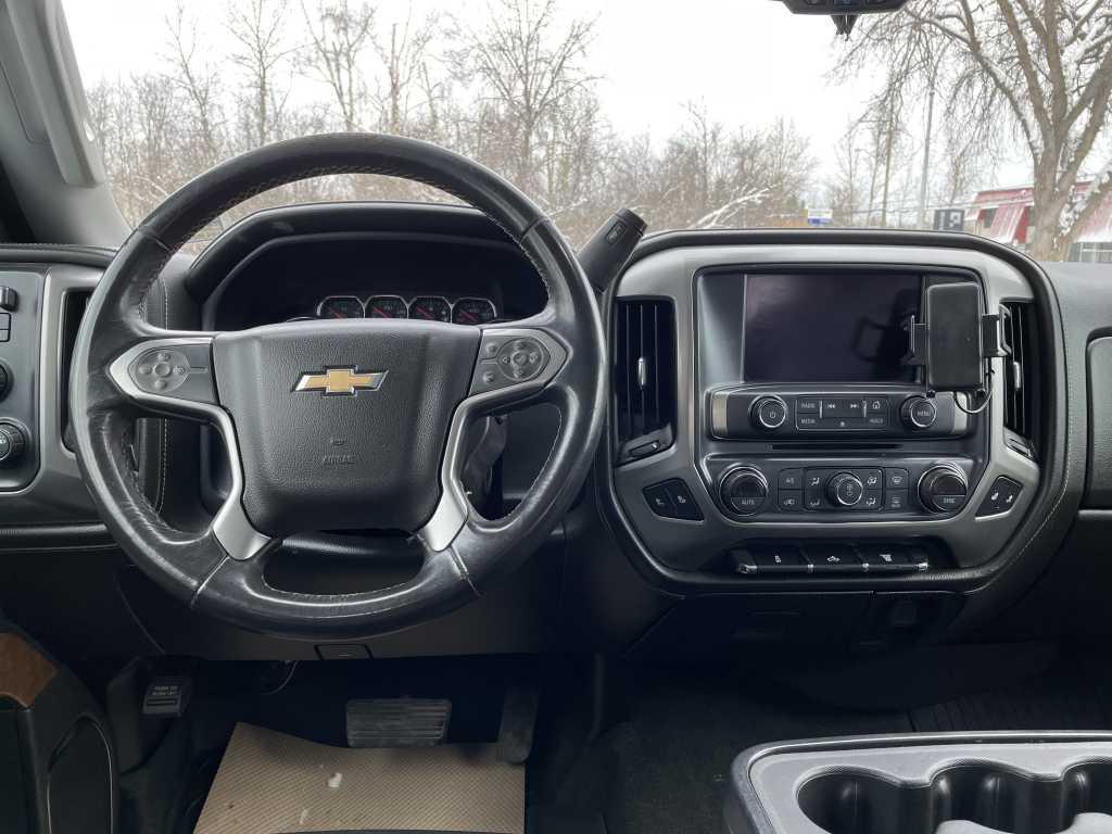 Chevrolet 1GC4K0CY5JF266402