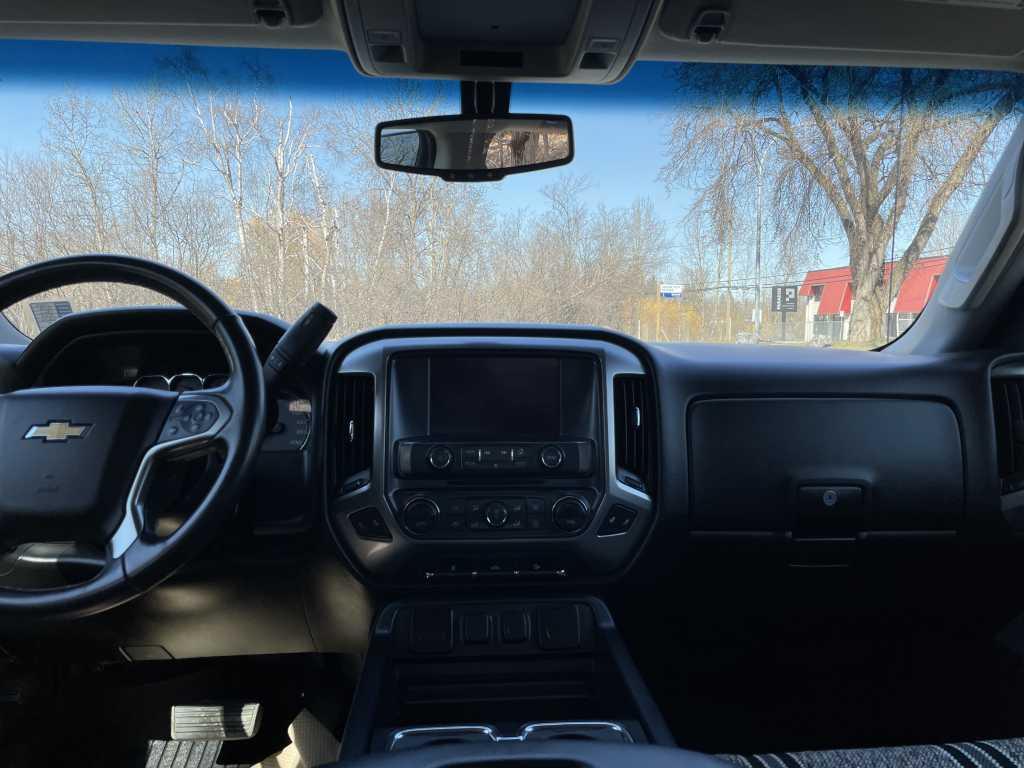 Chevrolet 3GCUKREC4JG107035